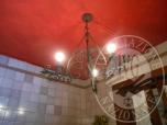 Immagine di ARREDAMENTO: ANGOLO CUCINA CON BANCONE - MENSOLE - TAVOLI - SEDIE - DIVANETTO - LAMPADARI ECC - LOTTO 4