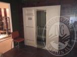 Immagine di  Sauna Finlandese EFFEGIBI mod KOKA LINE cm. 180x120x200h rifinita esternamente in rovere ed internamente in Hemlock canadese, completa di letto relax di cm 180x60 con schienale rimovibile in cuoio oltre ad accessori d'uso