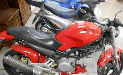 MOTO DUCATI MONSTER 600 ANNO 2000 KW 40